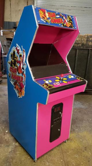 Cliff hanger arcade (2)